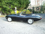 1966 Jaguar E-Type leather seats